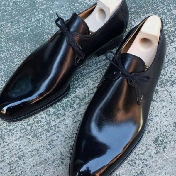 black leather chukka formal dressing shoes