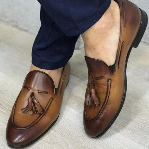 Men Descent Handmade Party Tow Tone Tassels Loafer in Leather Shoes